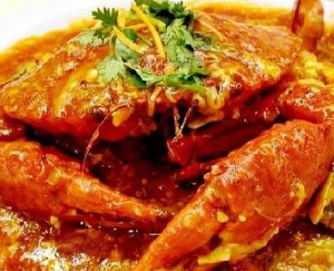"""Cua sốt ớt ăn kèm bánh mì - Món ăn đặc trưng của """"Đảo quốc sư tử - Singapore"""""""